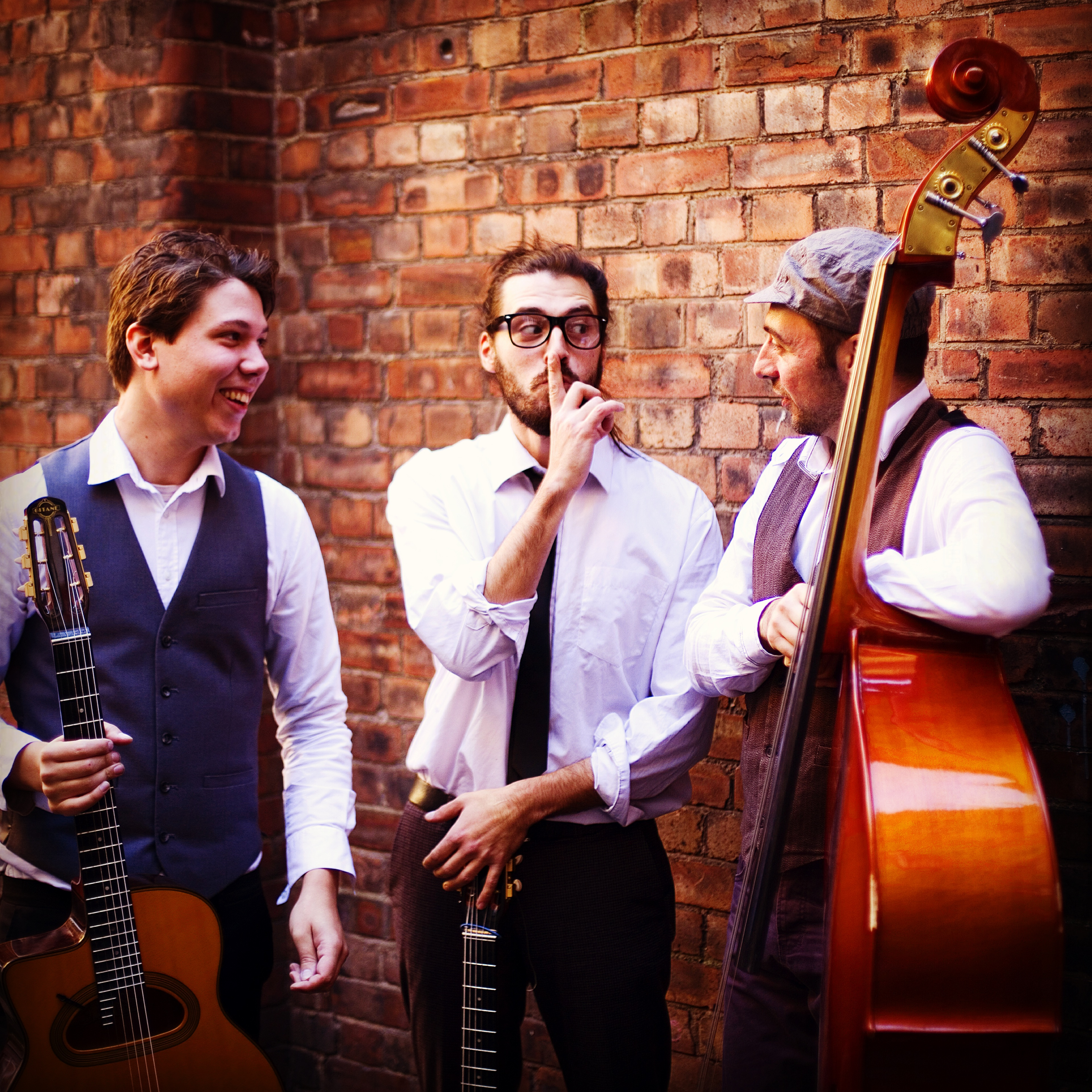 Wedding Jazz Bands: BOOK LIVE LOCAL BANDS FOR HIRE